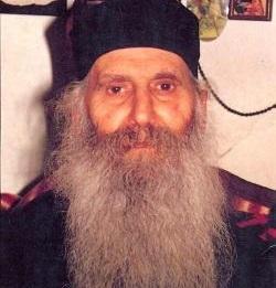 140226-p02-gerontas-iakovos-tsalikis