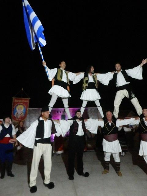 Το χορευτικό του Αγίου Αχιλλίου στο Montenegro.
